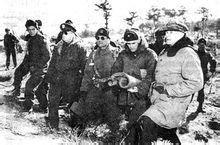1951年1月28日,麦克阿瑟与李奇微视察战场
