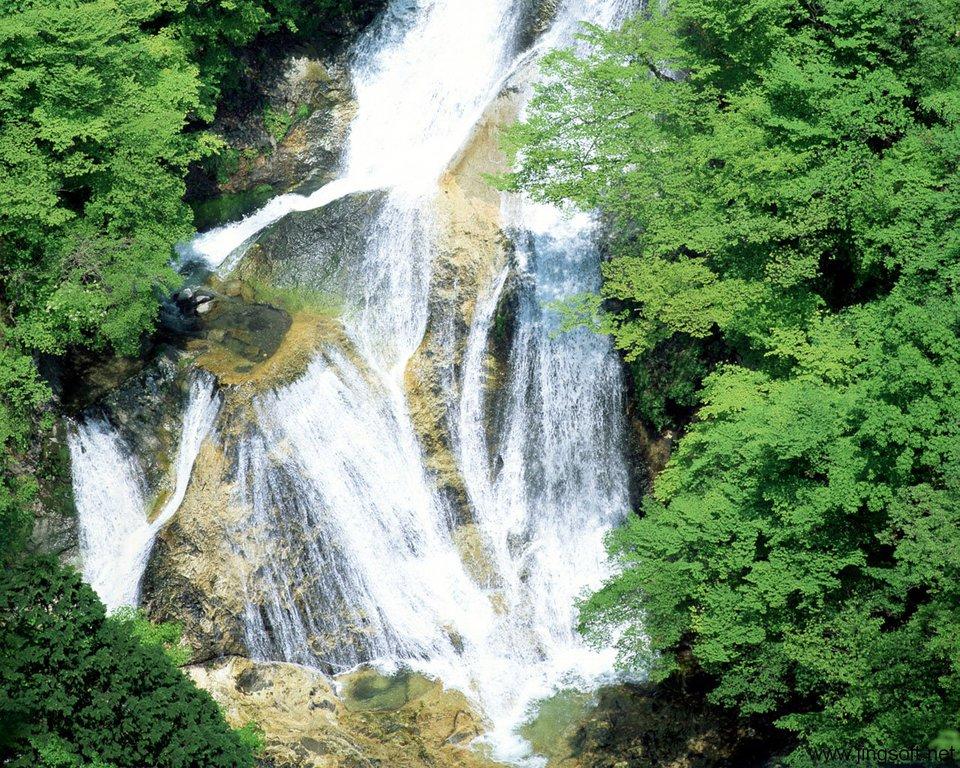 壁纸 风景 旅游 瀑布 山水 桌面 960_768