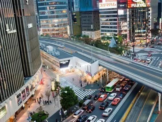 东京的汽车比北京多得多, 可东京凭什么不堵车
