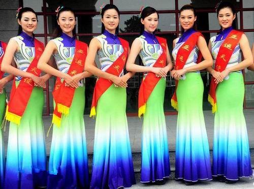 2016礼仪服饰设计大赛