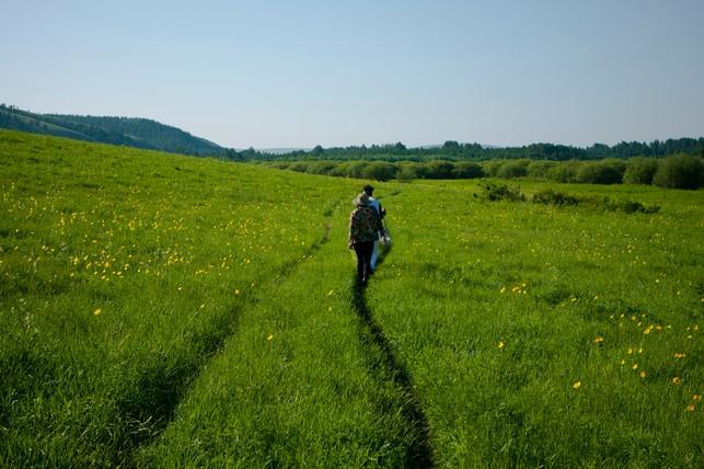 五泉山自然风景区交通十分便利,距呼伦贝尔市中心仅48公里,从