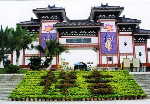 南山寺位于广东汕头南澳岛古城之南