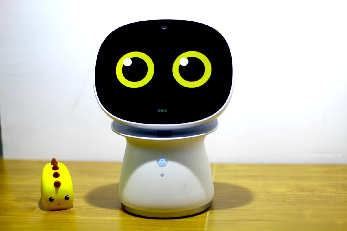 360儿童机器人带给孩子更多的乐趣